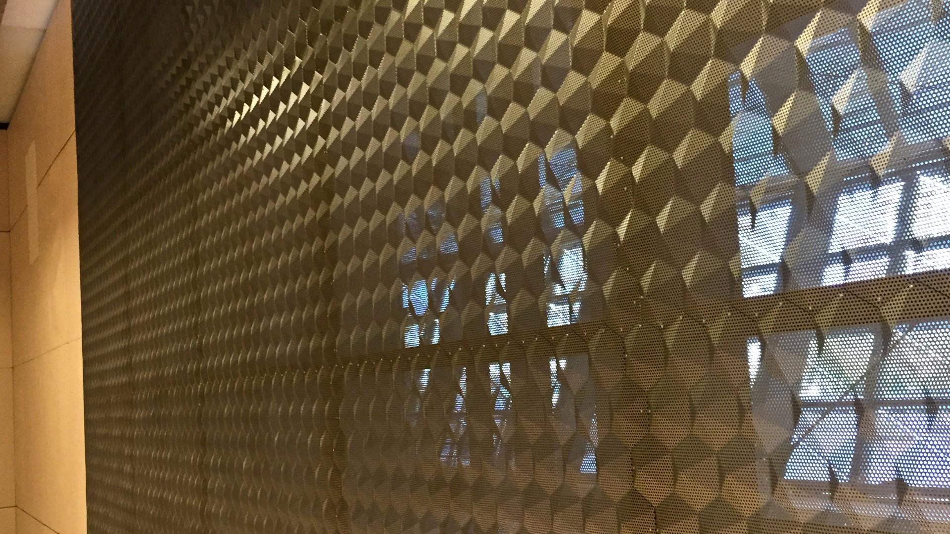 Aluminium 3D Platte eloxiert und gelocht