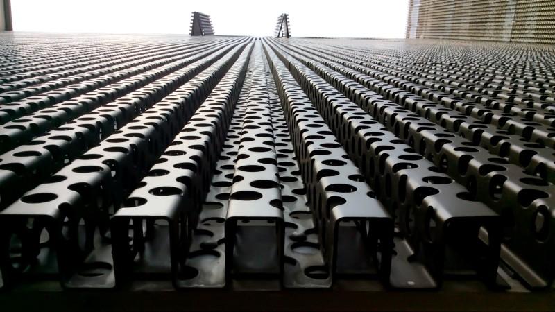 Typ M 60/40/60g, Stegplatten large aus Kupfer, t = 2,0 mm, Speziallochung, Durchmesser 40 mm, 5 Höfe###Type M 60/40/60g, Web Plates large, copper, t = 2.0 mm, special perforation, diameter 40 mm, 5 Höfe